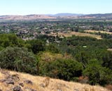 view_of-Sonoma_Overlook_tra