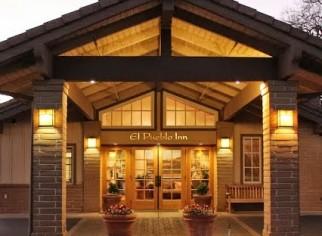 Photo of El Pueblo Inn